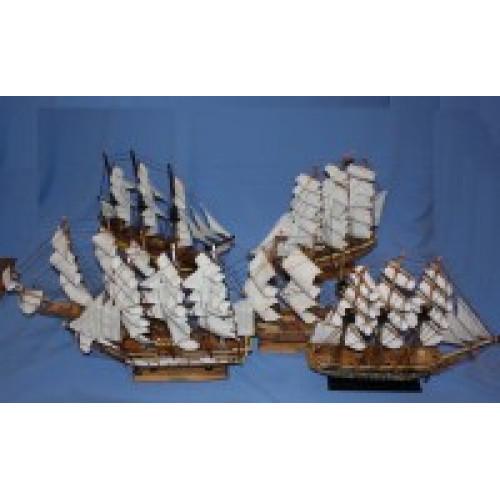 Коллекция парусных кораблей 50см из 4-х штук