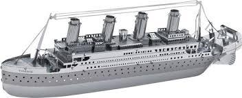 модели кораблей из металла